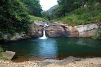 Jezírko nad vodopádem Diyaluma