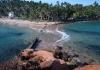 Pohled z ostrůvku na pevninu (Mirissa)